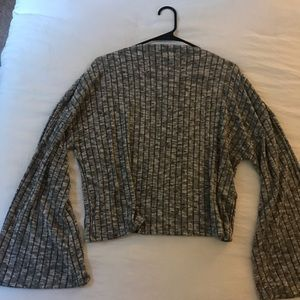 Tops - Gray bell sleeve sweater top
